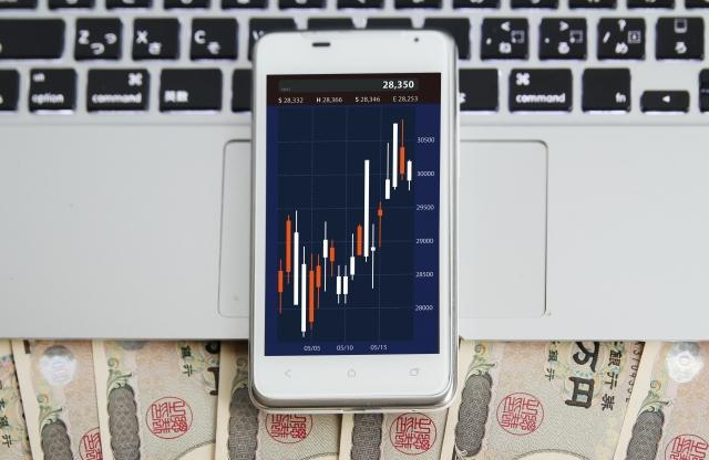 FXGTならスマホで取引可能!スマホアプリの使い方や登録方法を解説!